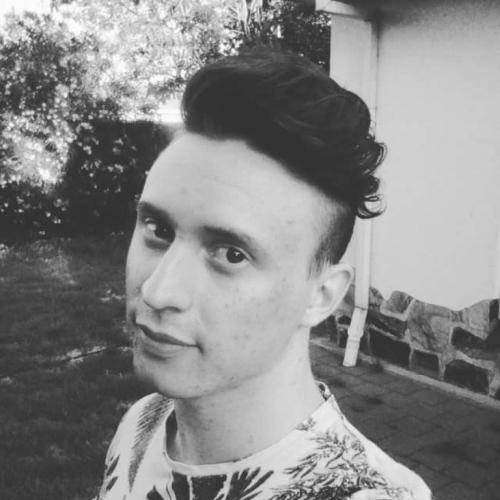 Jonge gast zoekt gay seks contacten